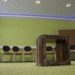 Die Seminarräume in der THOR-Akademie in Menteroda schaffen durch das Lichtkonzept und die Raumgestaltung eine passende Atmosphäre zum Lernen.