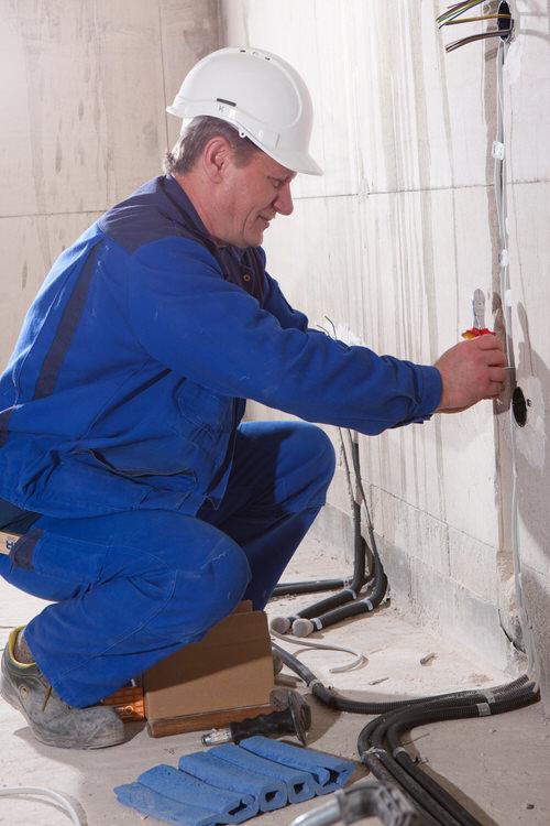 Sie brauchen Unterstützung in der Elektrotechnik? Wie haben die passenden Fachkräfte für Ihr Vorhaben.