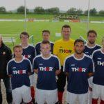 THOR-Mitarbeiter bildeten die Fußball-Mannschaft von THOR Industriemontagen beim Kleinfeldturnier in Birkungen.