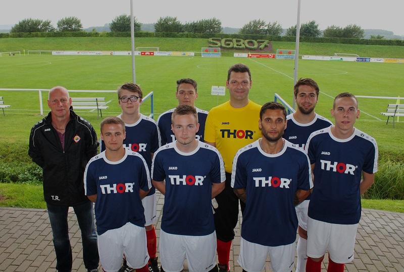 Beim Kleinfeldturnier des Neunspringer Fußball-Firmencup 2017 auf dem Sportplatz in Birkungen stellte auch THOR Industriemontagen eine Mannschaft auf.